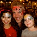 The very charming Donal McIntyre with his lovely daughters!